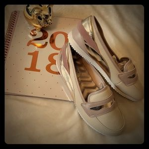 👝AVON👝 Sneakers